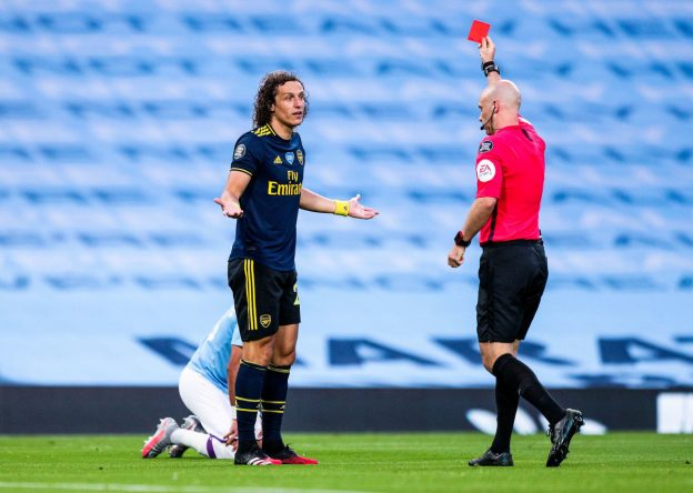 Effects of referee decisions in empty stadiums
